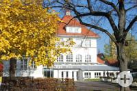 Rathaus im Herbst